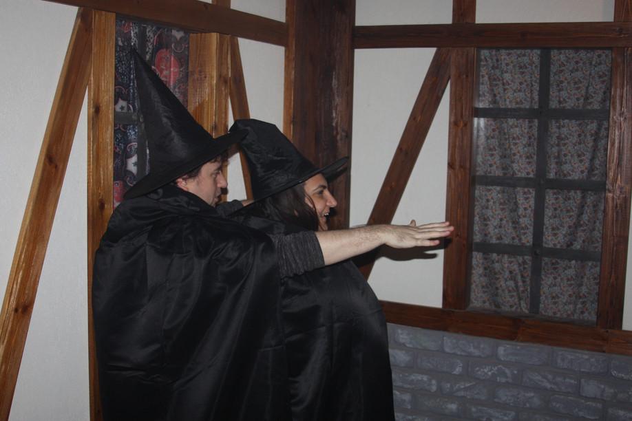 ציד מכשפות: חדר בריחה בפתח תקווה, לא למבוגרים בלבד