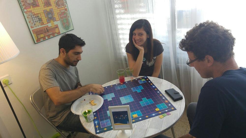 משחקים Glux