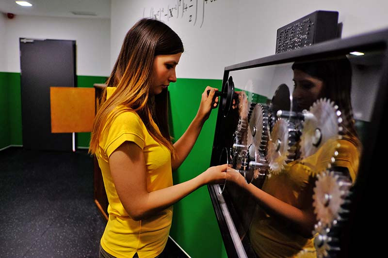 מוזיאון המדע בבודפשט play with lilach