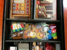 הכנת חוצצים למשחק קופסא (הידועים גם בשמות אינסרטים/אורגינייזרים)
