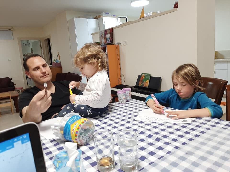 חדר בריחה למבוגרים  ליום הולדת play with lilach