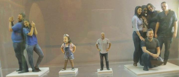 פסלון דמות תלת מימד photuro-3d play with lilach