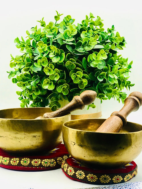 "Hand Hammered Tibetan Singing Bowl 4""-8"""