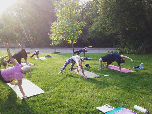 yoga in Bissell Park Elora