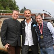 v.l. Manstein-Chef Markus Gstöttner, Gastgeber Rudolf J. Melzer, Gino Cuturi vom Medienhaus Wimmer