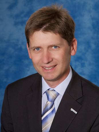 Gerhard-Hagenauer_NTT-DATA.jpg
