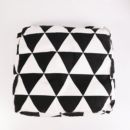 Triangles Floor Cushion - Offwhite / Black