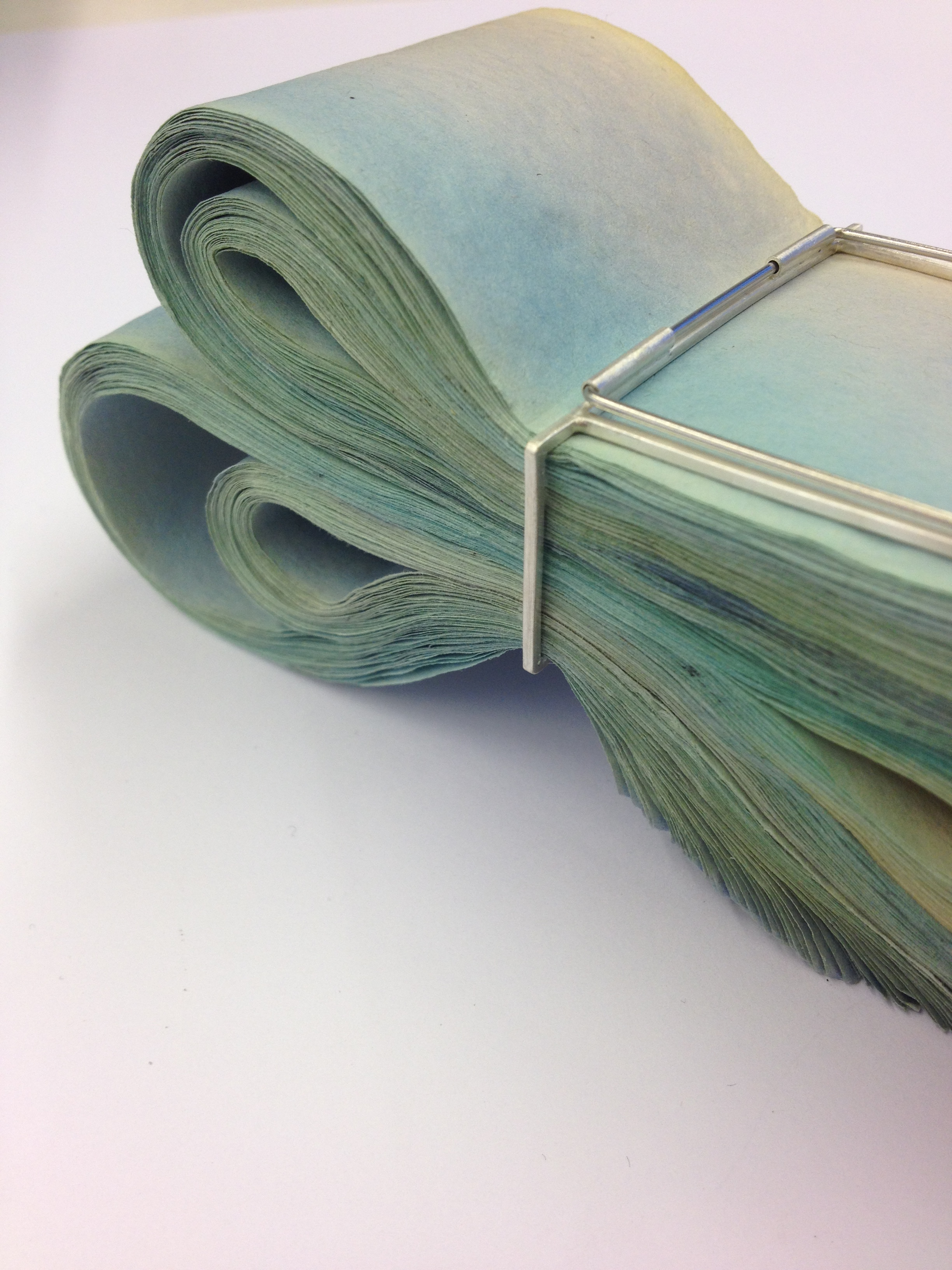 Detail 'Overwhelmed' Folded Brooch
