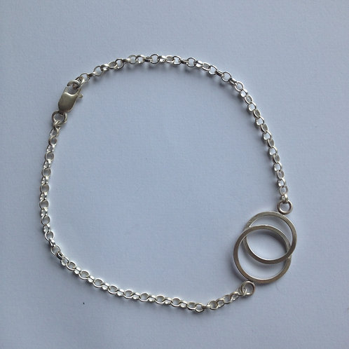 Intertwined Single Bracelet