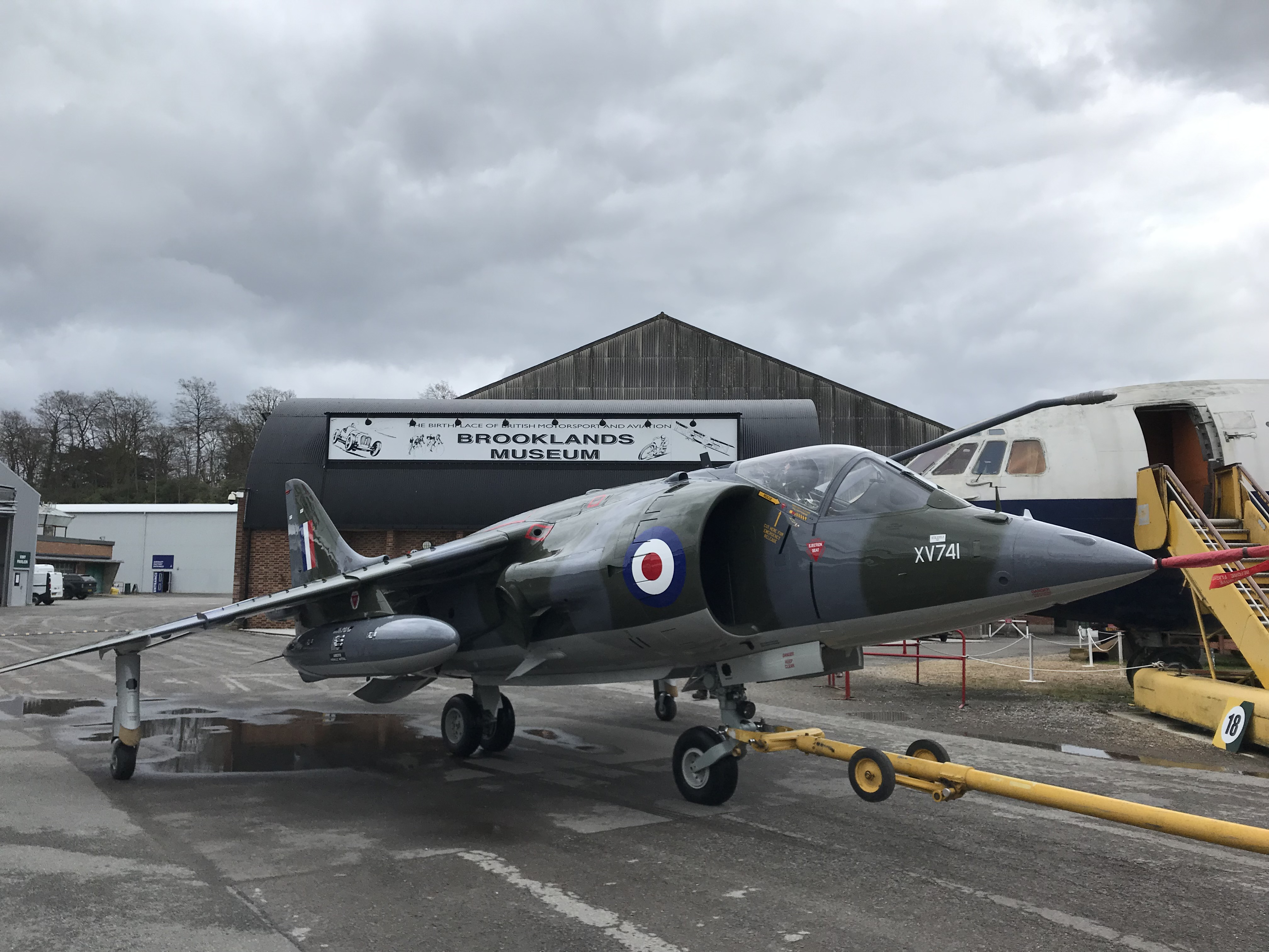 Harrier XV741 after restoration  (1)