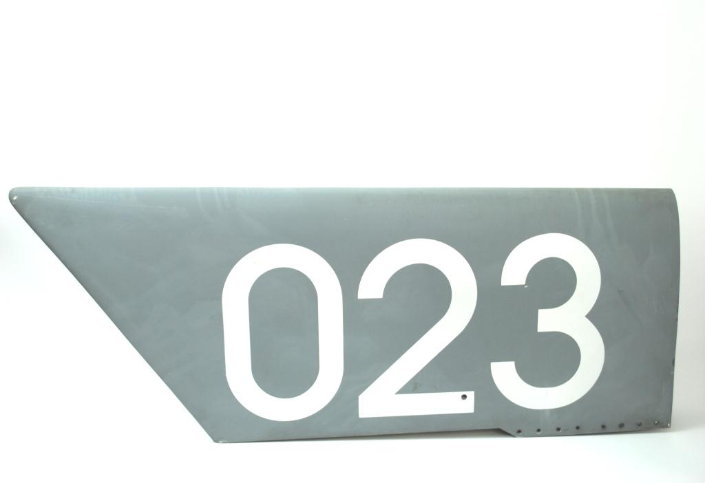 Jet Fin Cap