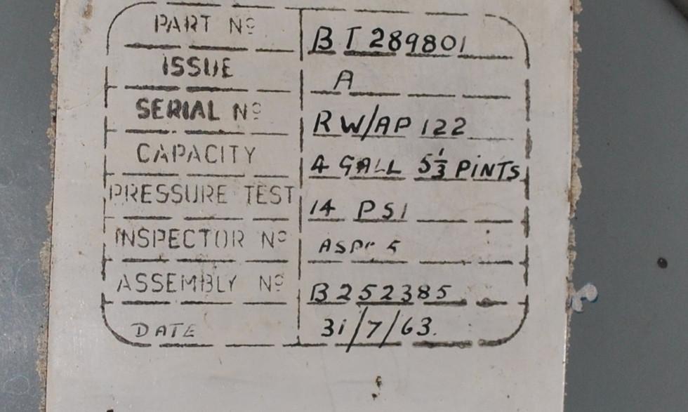 Olympus 320 TSR2 engine (23).JPG