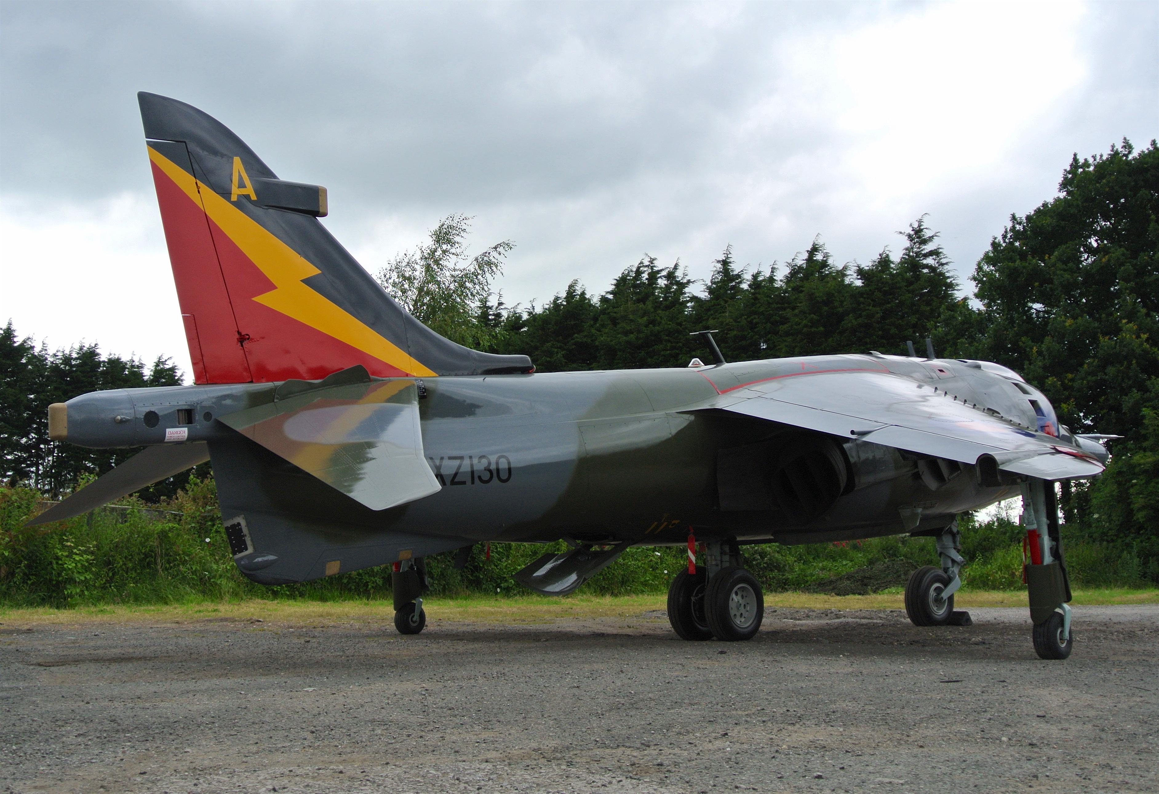 Harrier GR3 XZ130 (2)