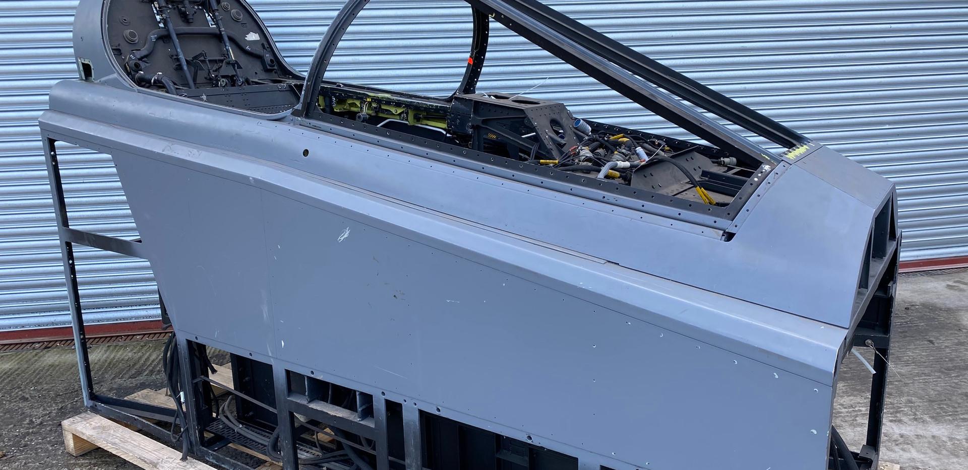 Jaguar Simulator Cockpit (6).jpg