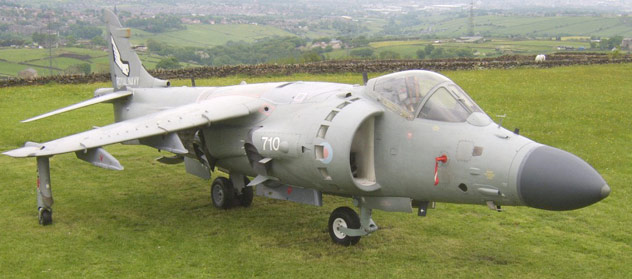 Sea Harrier FA2 ZE691