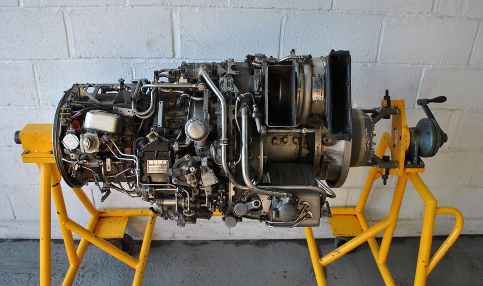 Rolls Royce Gem Engine in Stand (26).JPG