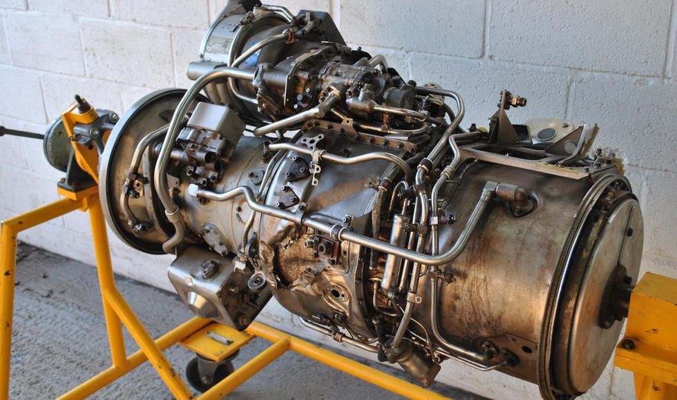 Rolls Royce Gem Engine in Stand (32).JPG