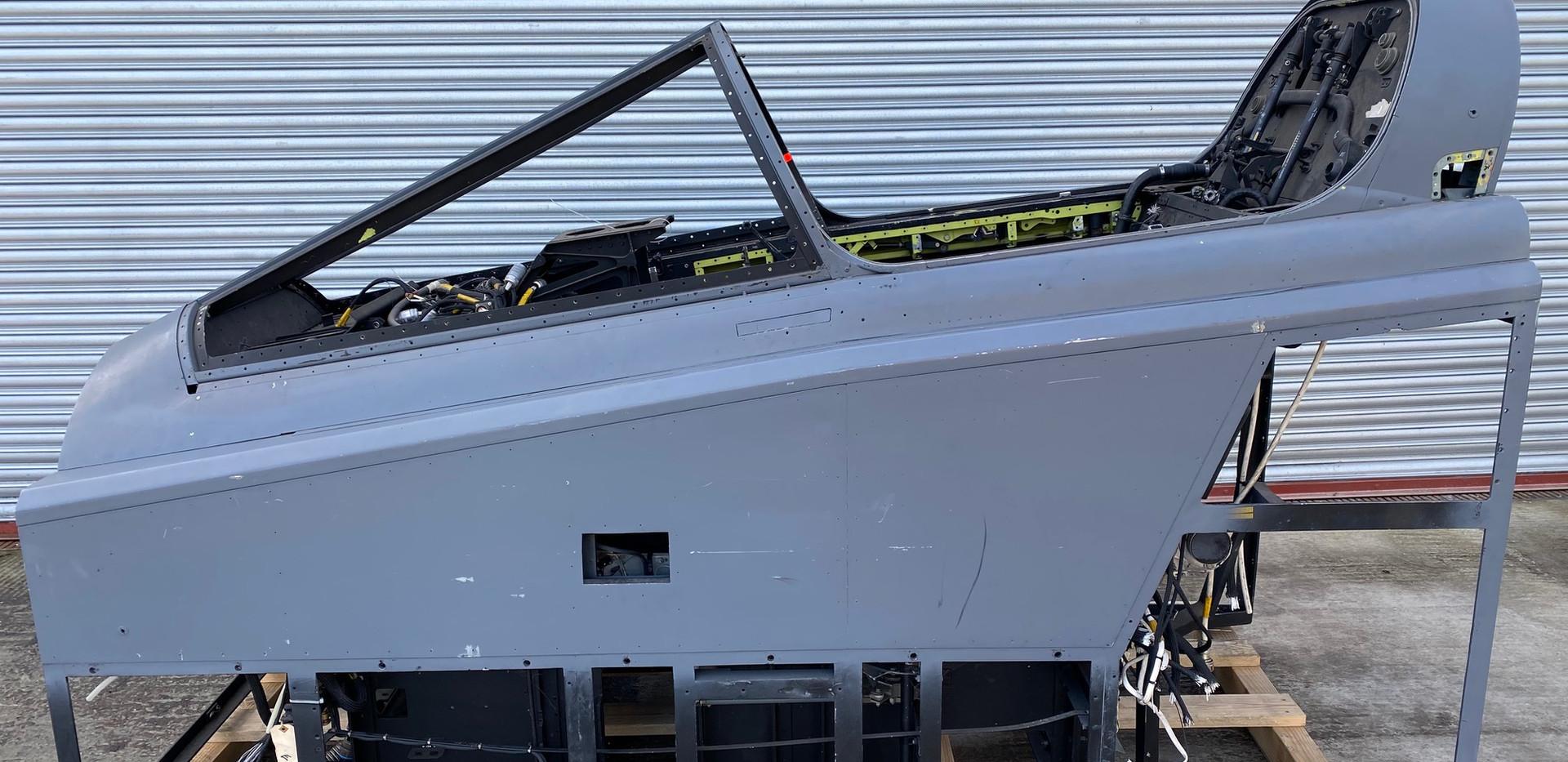Jaguar Simulator Cockpit (1).jpg