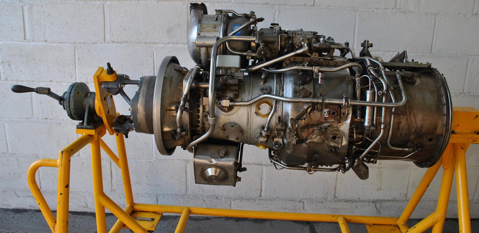 Rolls Royce Gem Engine in Stand (30).JPG