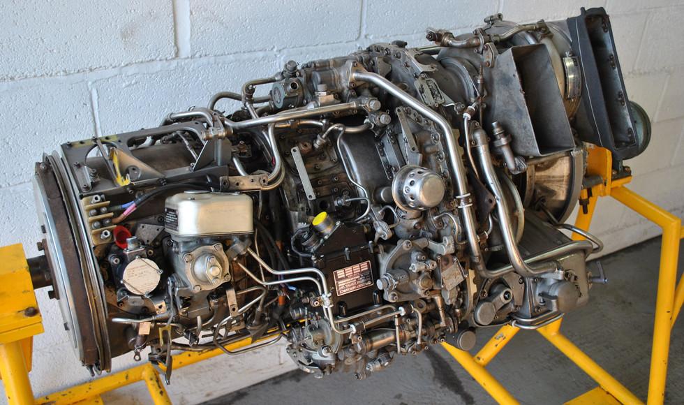 Rolls Royce Gem Engine in Stand (28).JPG