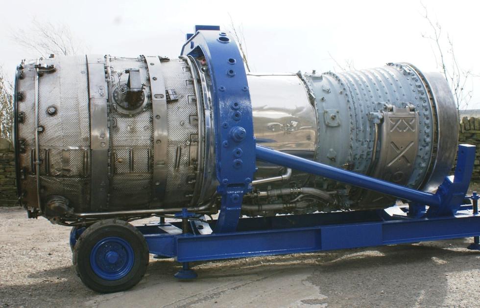 Olympus 320 engine (3).JPG
