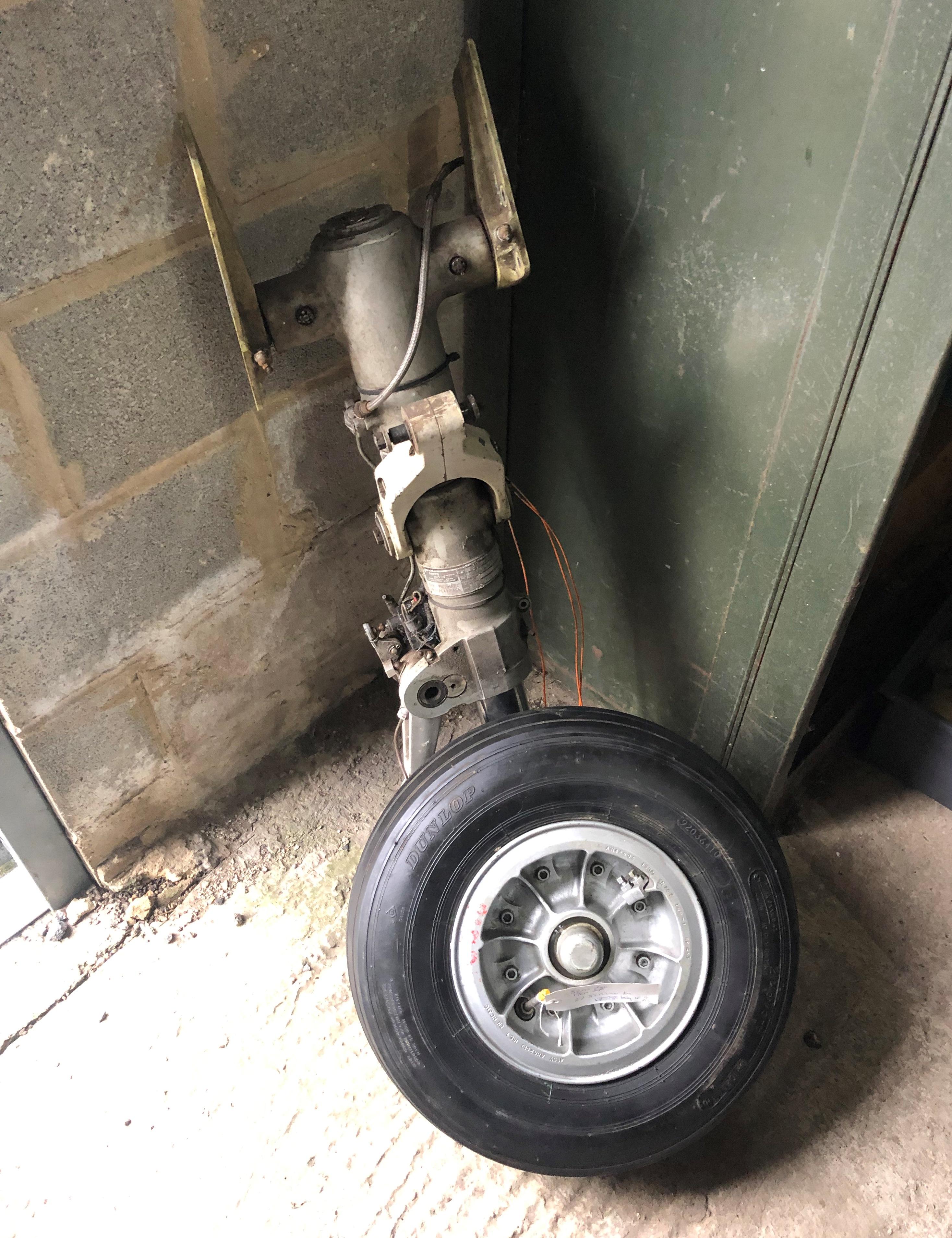 Undercarriage Leg & Wheel