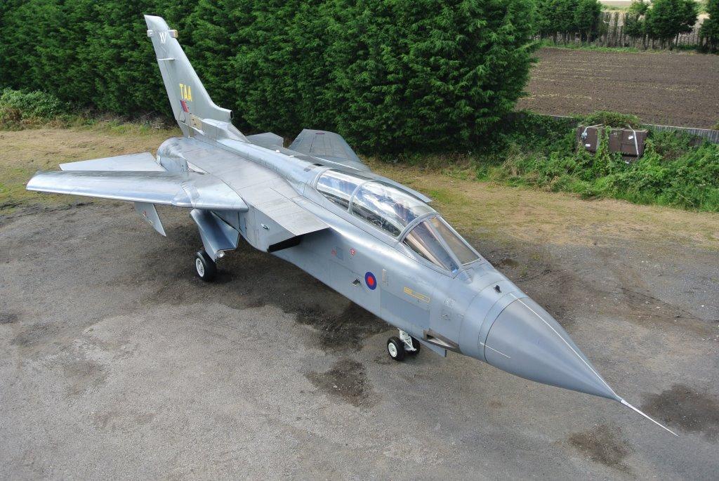 Tornado GR1 ZA355 (4)