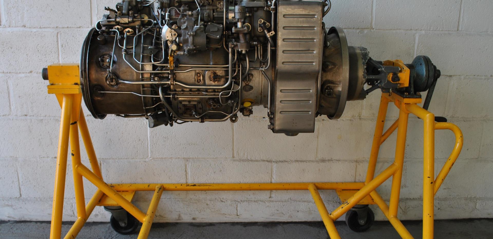 Rolls Royce Gem Engine in Stand (25).JPG