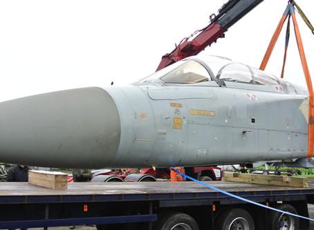 Tornado F2 ZD899 Arrives at Jet Art
