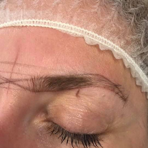 MicroBlading Alison Petitjean Darlington, Semi Permanent Eyebrows, Sombre Brows (2).jpg