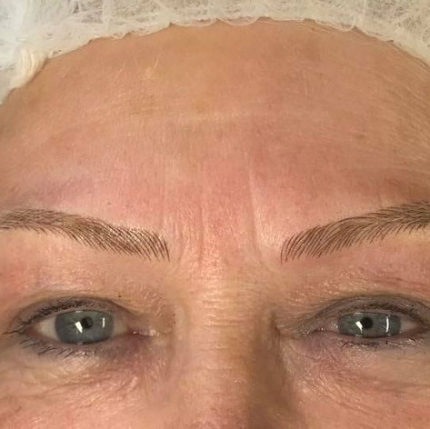 MicroBlading Alison Petitjean Darlington, Semi Permanent Eyebrows, Sombre Brows (5).jpg