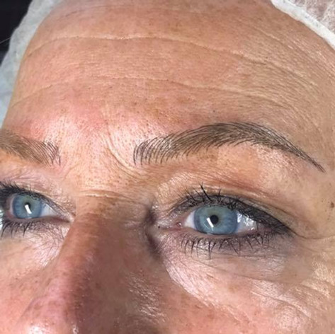 MicroBlading Alison Petitjean Darlington, Semi Permanent Eyebrows, Sombre Brows (18).jpg