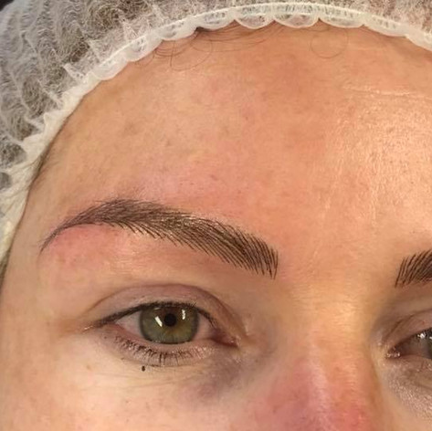 MicroBlading Alison Petitjean Darlington, Semi Permanent Eyebrows, Sombre Brows (13).jpg