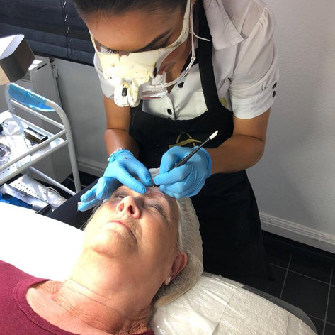 MicroBlading Alison Petitjean Darlington, Semi Permanent Eyebrows, Sombre Brows (8).jpg
