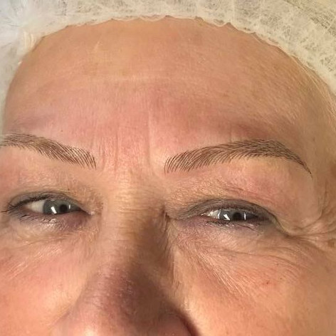 MicroBlading Alison Petitjean Darlington, Semi Permanent Eyebrows, Sombre Brows (6).jpg