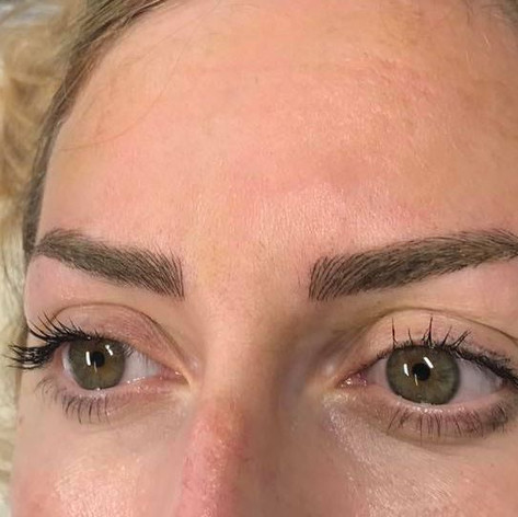 MicroBlading Alison Petitjean Darlington, Semi Permanent Eyebrows, Sombre Brows (1).jpg
