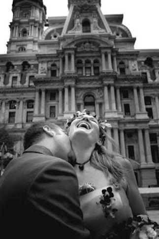 city hall kiss b&w email.jpg