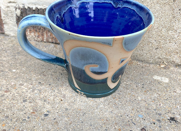 Glossy blue interior 'Berdy cup'