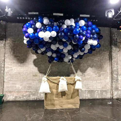 """Инсталляция """"Воздушный шар"""""""