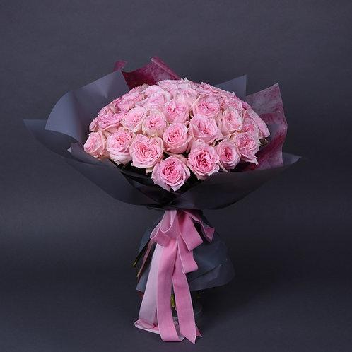 Букет из 35 пионовидных роз Охара