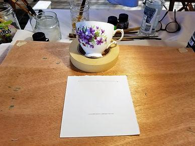 Tasse de porcelaine pour une future création