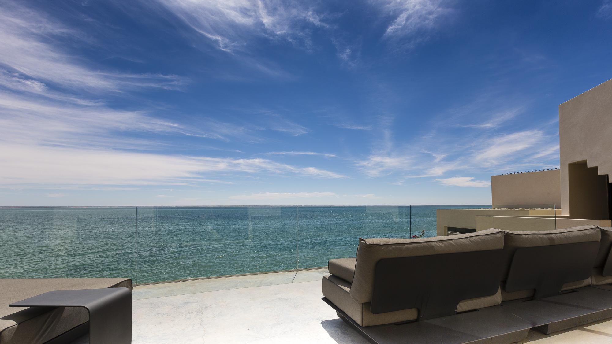 Le Palais Rhoul Dakhla | hotel spa | Salon vue désert