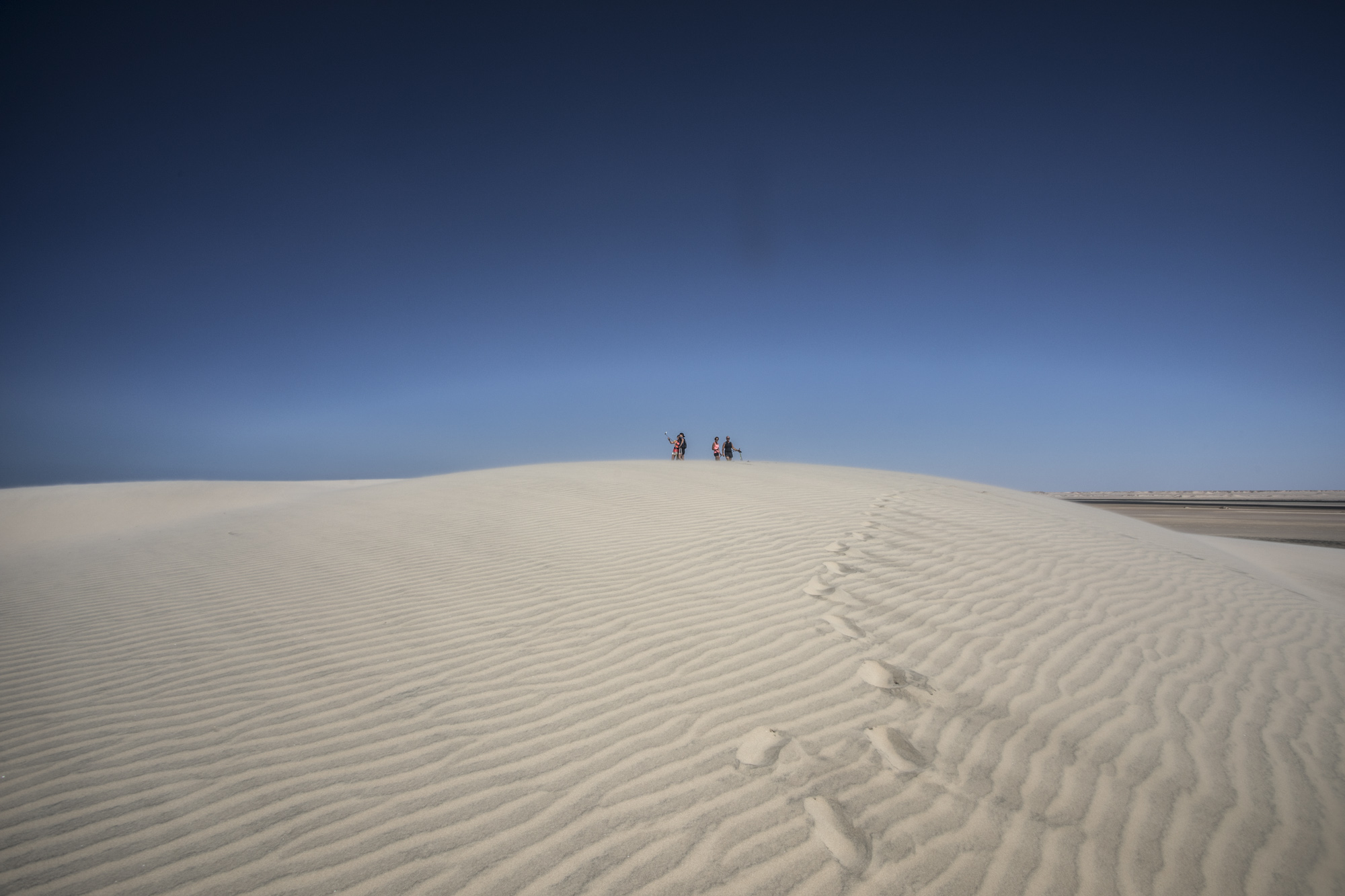 Le Palais Rhoul Dakhla | hotel spa | Marche Nordique la dune blanche