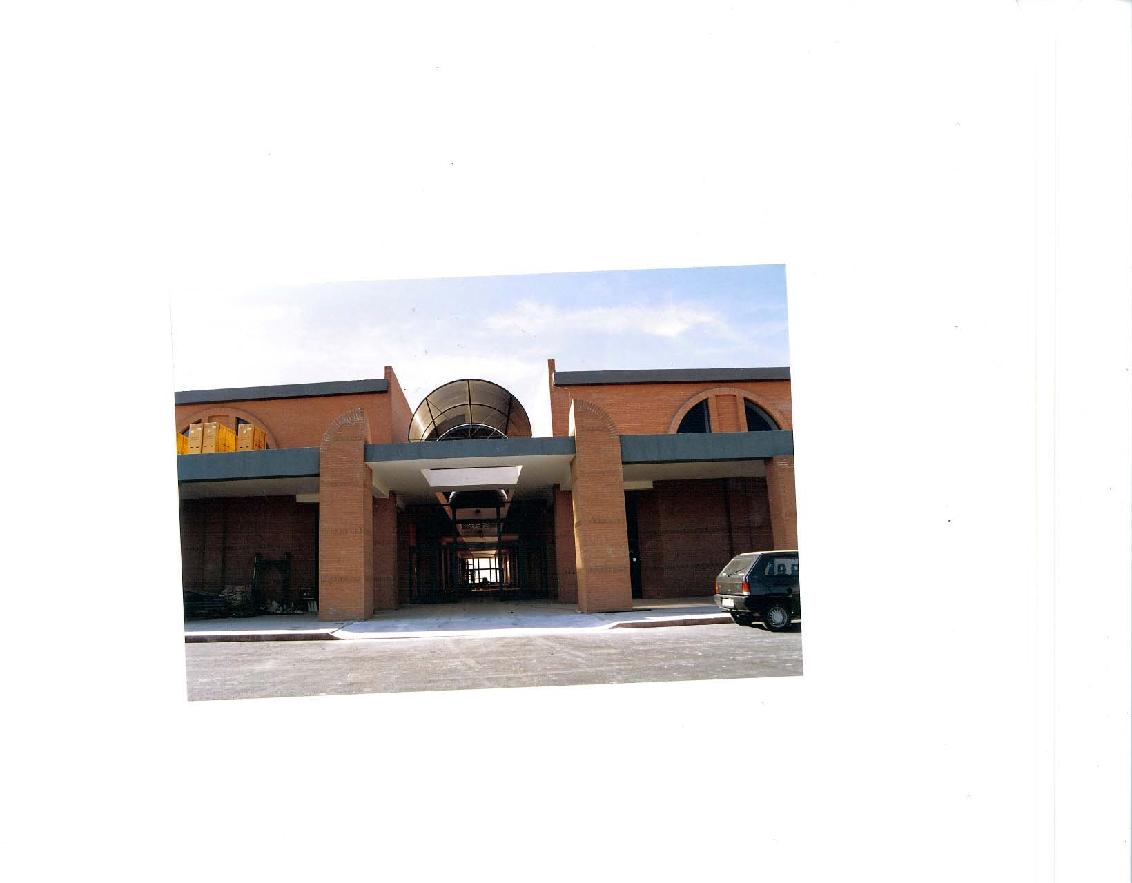Italy Commercial Center Reno