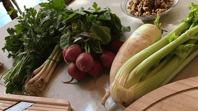 damp busting foods - scallion, celery, radish, parsley, daikon radish