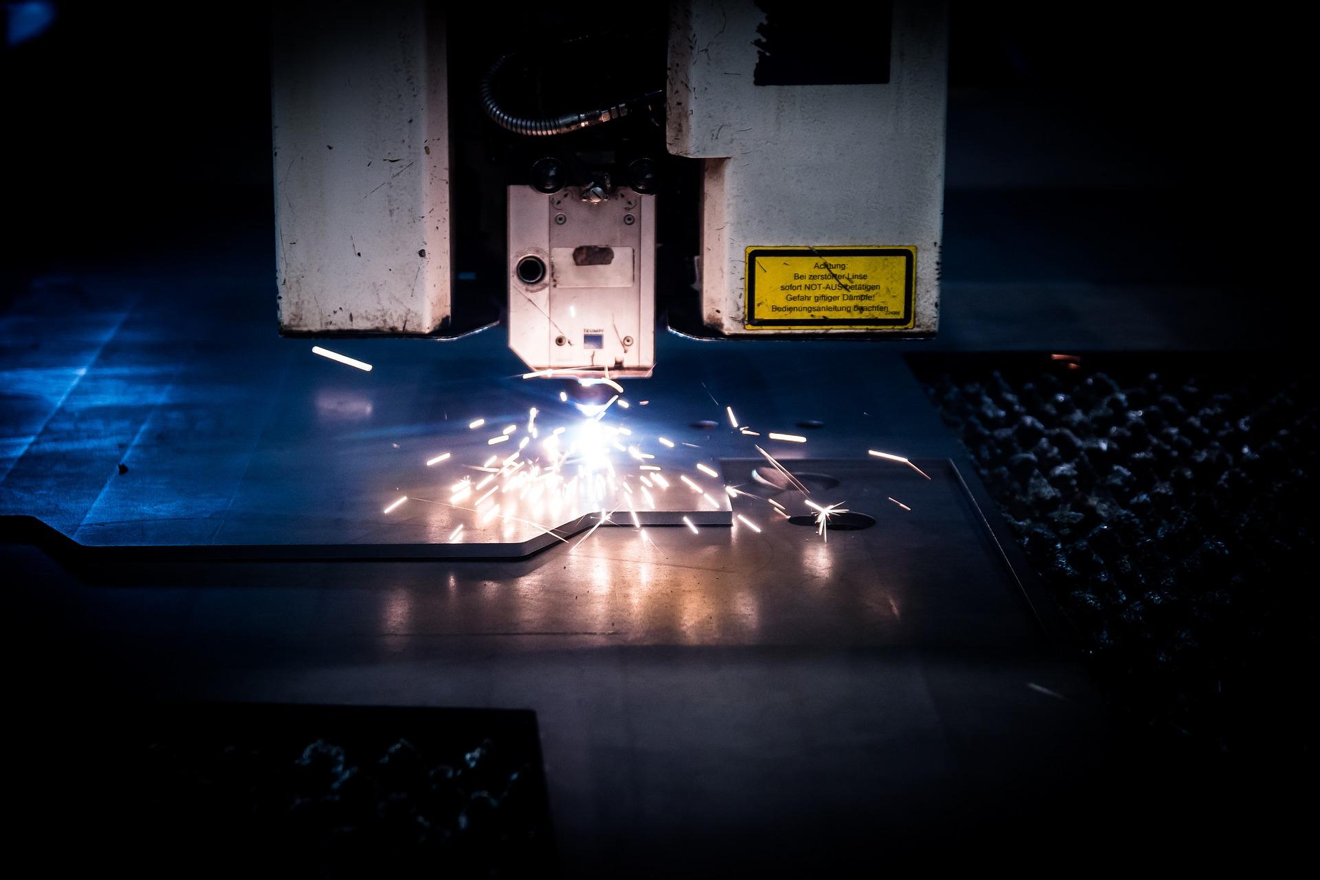 laser-2819141_1920