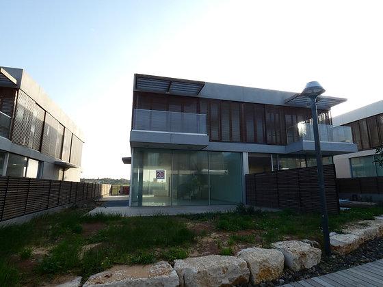 House in Ga'ash Cliffs neighborhood