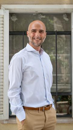 Daniel Grosz.