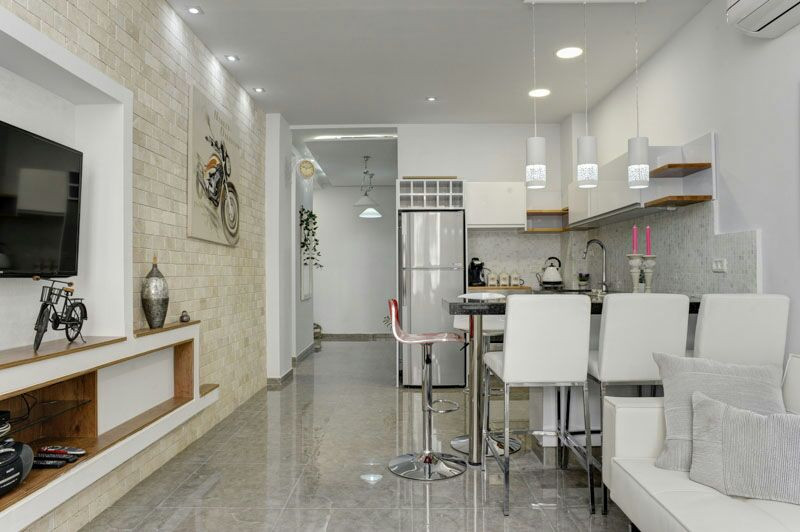 Airbnb apartment on Ben Yehuda Street.