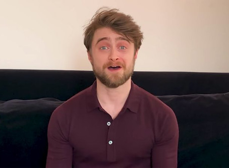 "Potter Artifact: Daniel Radcliffe reads Chapter 1 of ""Harry Potter and the Sorcerer's Stone"""